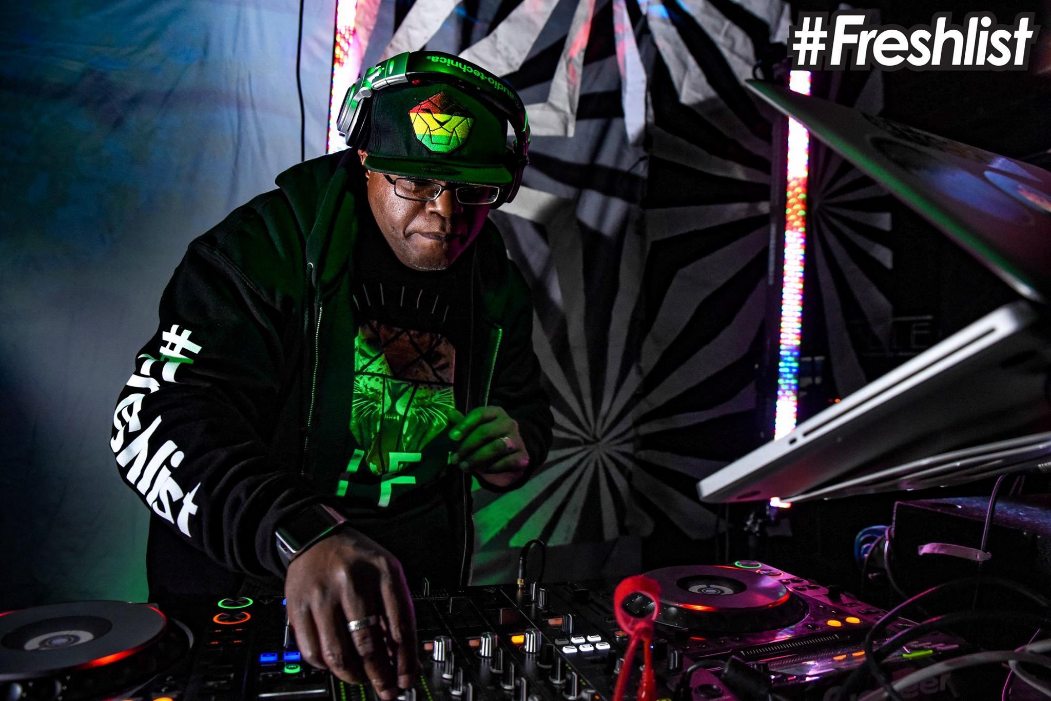 Firecat 451 - Live at the #Freshlist